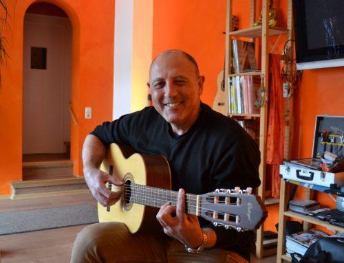 Akustische Gitarre 31