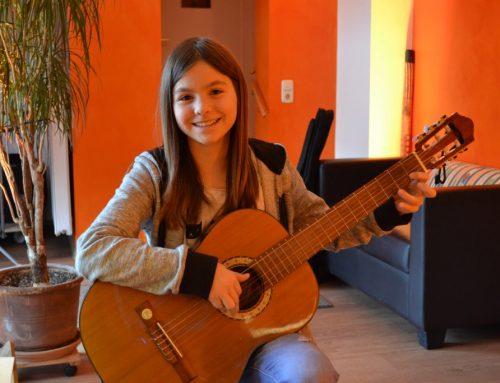 Akustische Gitarre 1